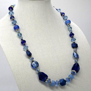 Necklace with blue Chrystals and Glass.